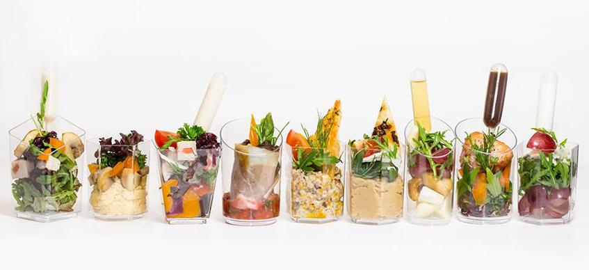 салаты в стаканах