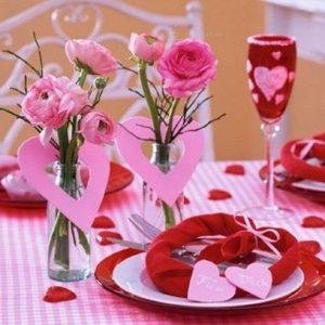 servirovka-stola-na-den-svyatogo-valentina