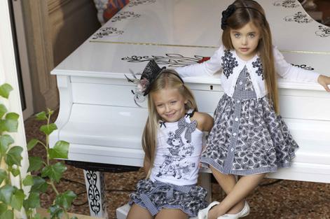 комплект детской дизайнерской одежды