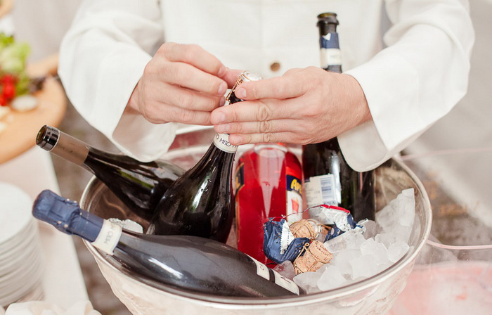 Сколько нужно шампанского на всю свадьбу