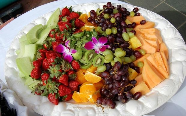 Украшение фруктовой нарезки