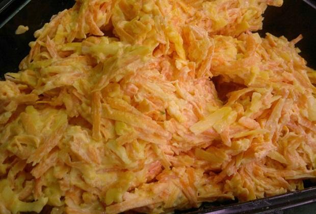 Блюдо с морковкой и творогом