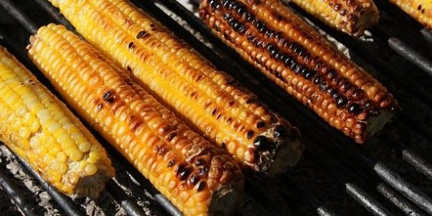 Кукуруза с травами