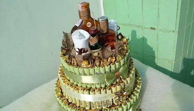Алкогольный торт