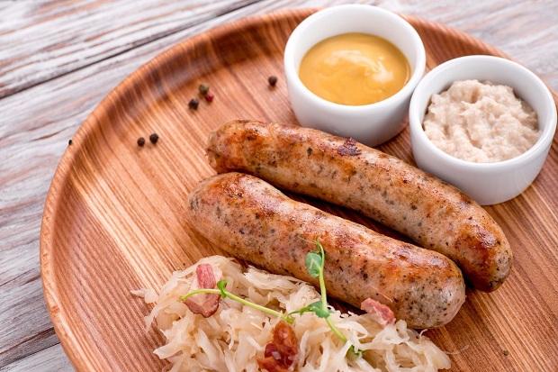 Куриные колбаски с соусом хойсин